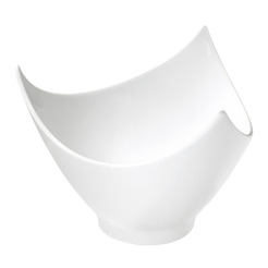 Marianne Bowl Triangular White 14.5cm 43cl