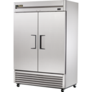 True 1388 Ltr Upright Solid Swing Door Freezer